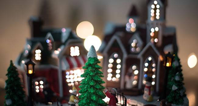 great-ayton-farndale-avenue---a-christmas-carol